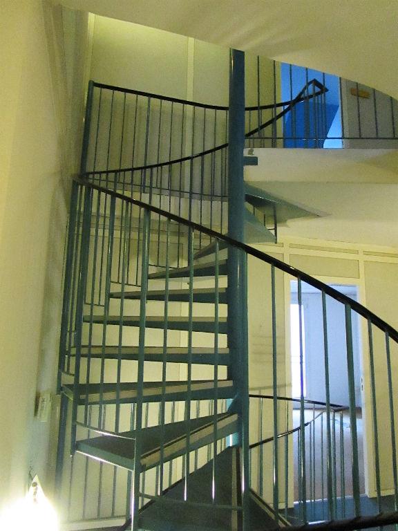 Immeuble  210 m2