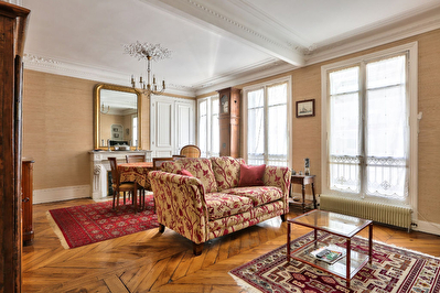 Paris 9eme Rue de Douai  - 4 pieces 72 m2