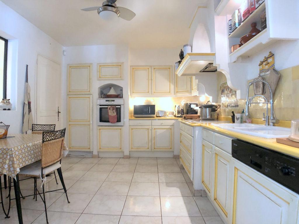 Maison Peymeinade 7 pièce(s) 245 m2