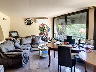 Grasse Saint-Anne, Appartement 2 pieces, quartier Saint-Anne