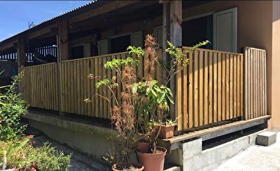 Vend maison 4 pieces de 88 m2 a Saint Benoit