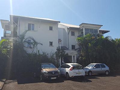 Nestenn vend Appartement T1 Bis de 36m2 a Bras Panon ville.