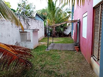 Nestenn vend un T3 en RDC avec jardin de 88m2 Saint-Denis