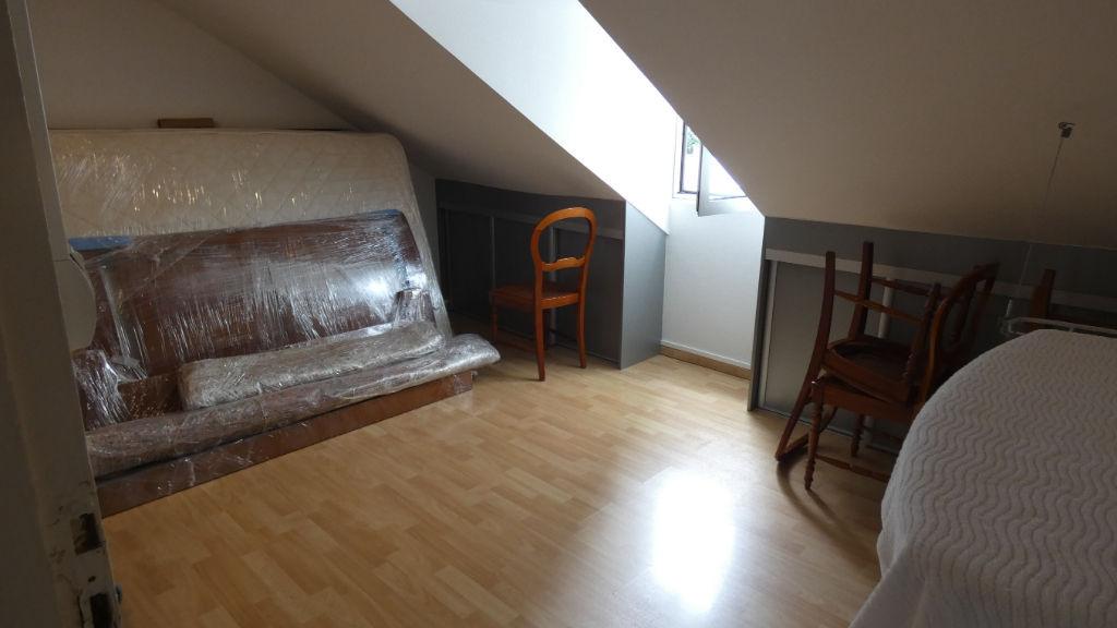 Maison/Appartement F6 à vendre à Saint-Denis