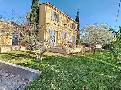 PELISSANNE - Maison 4 pieces - 91 m2 - Garage et jardin arbore