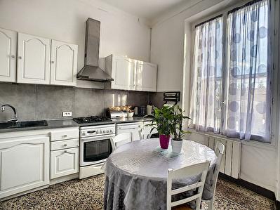 SALON DE PROVENCE - Maison individuelle - 3 pieces 58 m2 - Quartier recherche