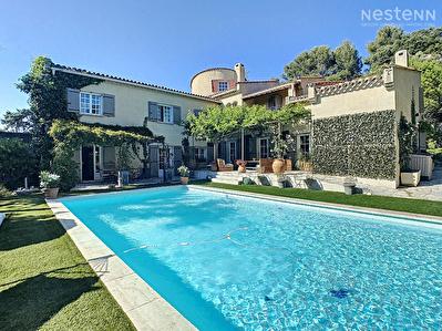 PAYS SALONNAIS - Maison bourgeoise 8 pieces  - 227 m2 - Environnement rare !