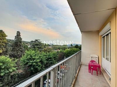 Appartement Neuville Sur Saone 4 pieces 81.65 m2