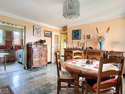 Maison Sathonay camp 4 pieces 69 m2 de plein pied