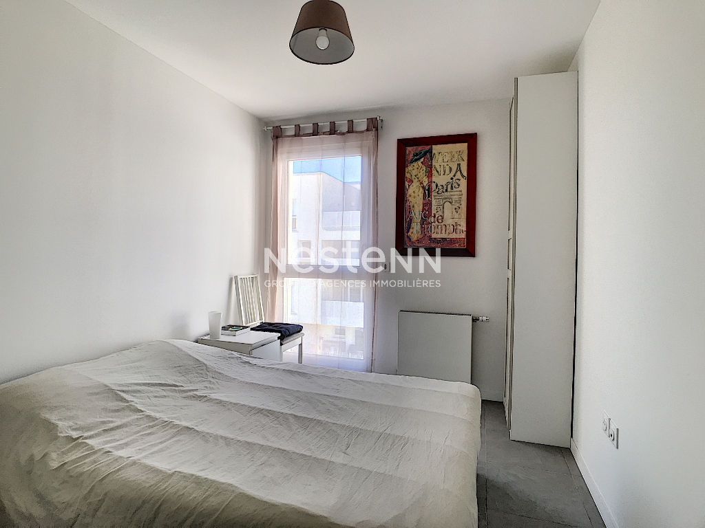 Appartement Sathonay Camp 4 pièces 3 chambres avec terrasse et garage