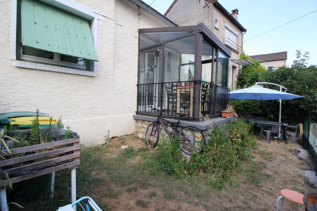 Maison de Village T4 - 80m² - Écoles et commerces à pieds