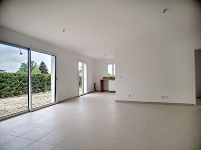 A louer Maison neuve 3 chambres avec jardin Saint Medard En Jalles