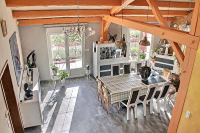 Maison Atypique Belleville Sur Meuse 6 pieces 182 m2
