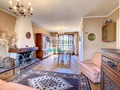 Maison Vitry Sur Seine 6  pieces 115 m2  (au sol 128 m2)