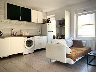 Appartement T3 loue - Bourgoin-Jallieu