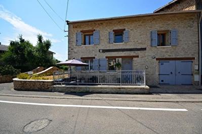 Maison de village a L'ISLE D'ABEAU