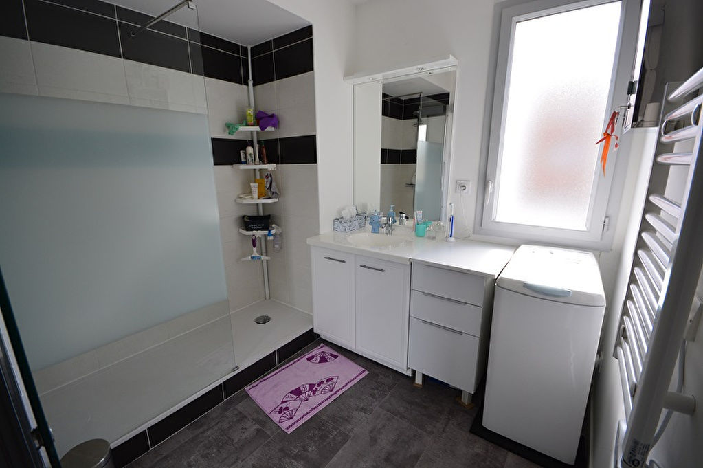 Appartement Bourgoin Jallieu 3 pièce(s) 59.82 m2