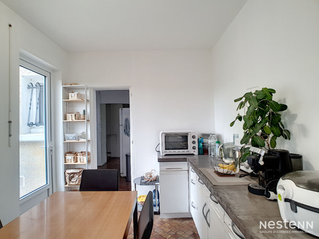 A vendre  Maison 6 pièces 110 m² à Condom.