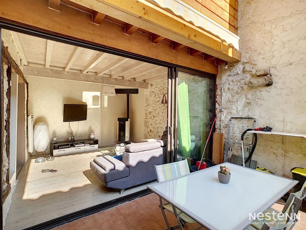 A vendre maison de ville de 80 m² avec Cour