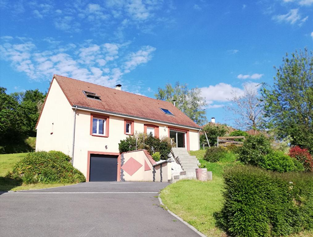 Maison à Saint-saturnin