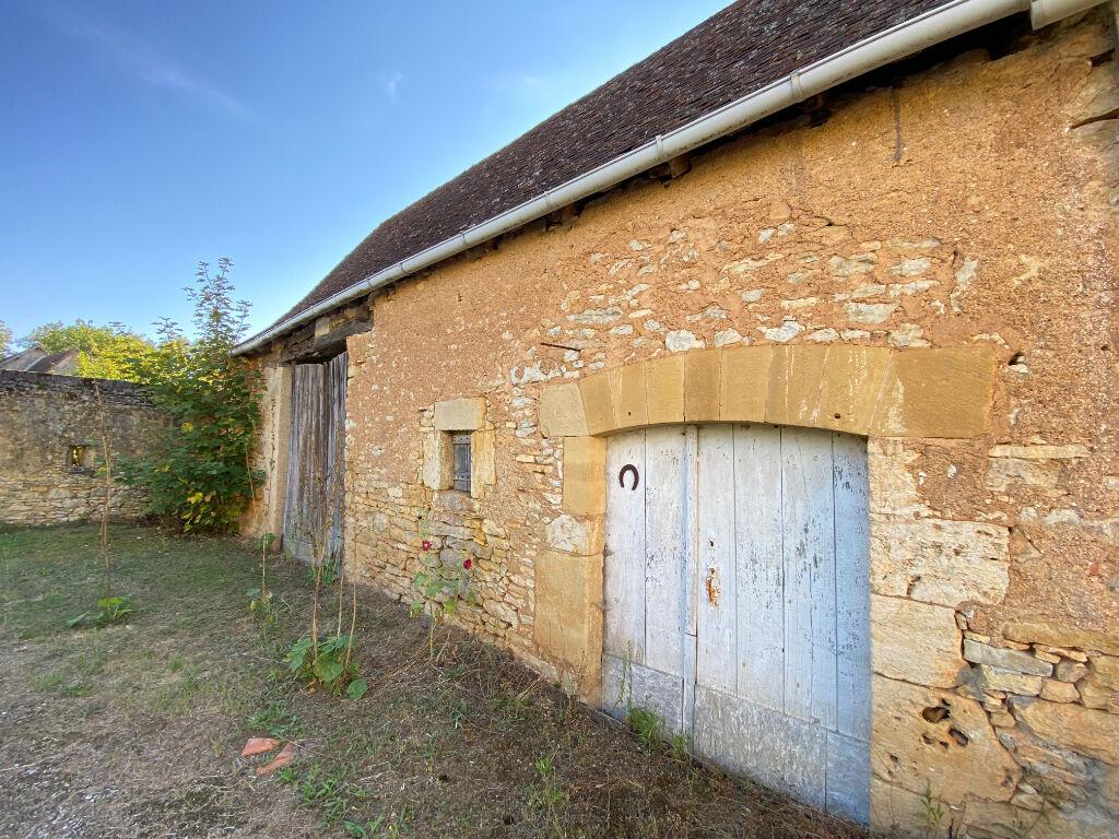 Maison à vendre  proche de St Germain des près et de Thiviers