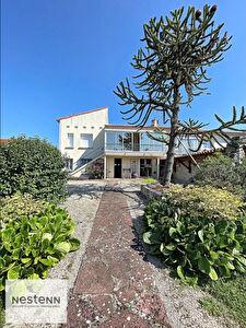 Maison Saintes 7 pieces 138 m2