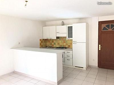 Appartement 3 pieces avec cave a Pourrieres