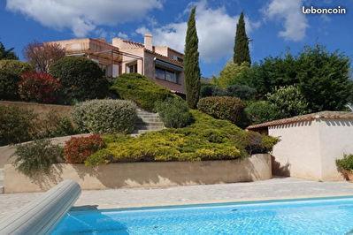 Villa Puyloubier T9 belles prestations