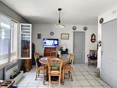 Appartement Trets 2 pieces 41.1 m2 + Stationnement