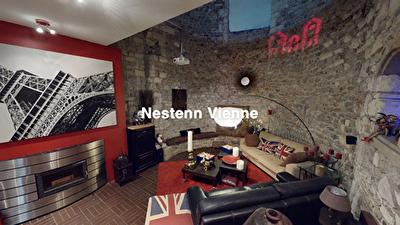 Magnifique loft de 149m2 dans le centre historique de Vienne avec terrasse sans vis a vis et 2 places de parking