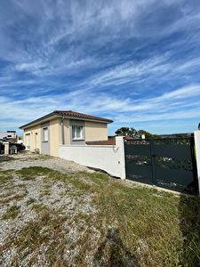 Maison - 133 m2 - Terrain 850 m2 - CHARLEMAGNE