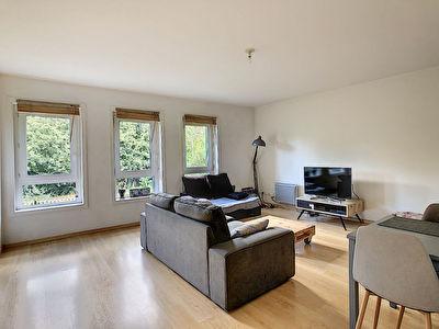 T2 MEUBLE (51,63 m2) + Parking en residence securisee