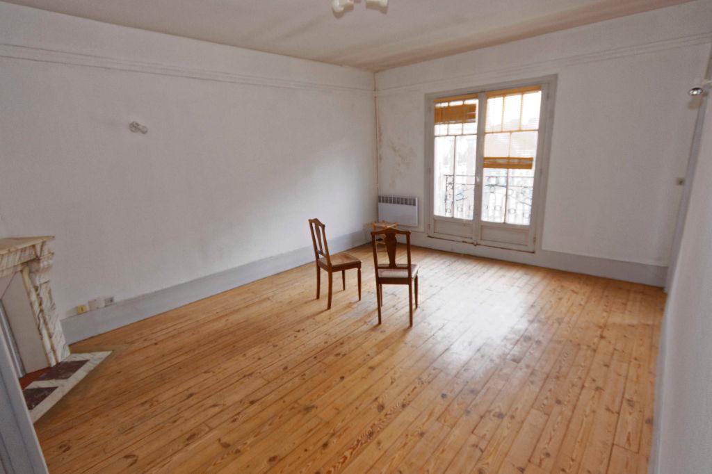 Tres bel appartement SOISSONS 02200 Dans bel immeuble