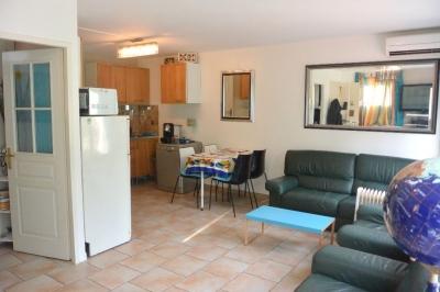 Appartement Antibes 2 pieces 43.17 m2, Cap d'Antibes, Jardin de 44m2 + Parking privatif + proche plage!!!