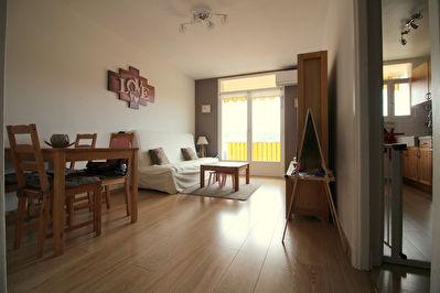 Appartement Juan Les Pins 2 pieces 45m2 lumineux calme cave parking aucun vis-a-vis