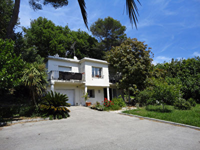 Villa individuelle Antibes 8 pieces 162m2 terrain 1500m2 piscinable