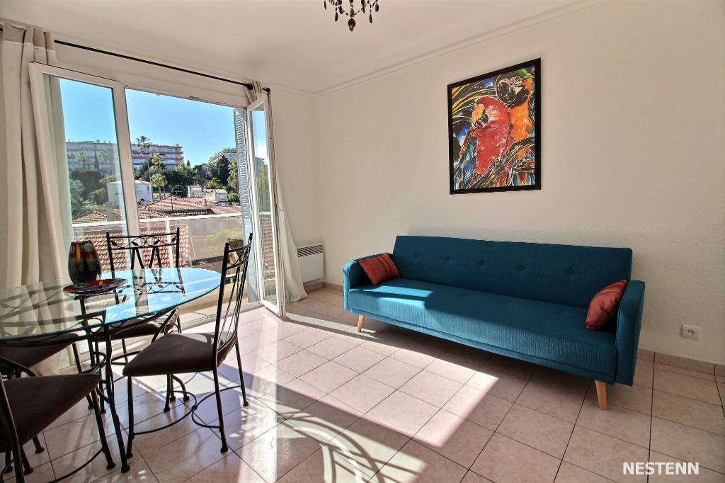 photos n°1 Appartement: Secteur Mont SAINT JEAN /  proximité centre Antibes  en dernier étage 3 pièce(s) + cave + parking