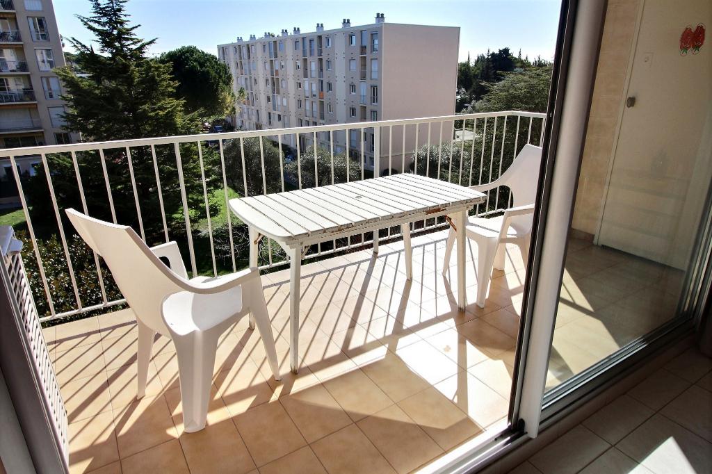 Juan les pins Appartement  3 pièces 67 m2 + Parking + Terrasse + Balcon