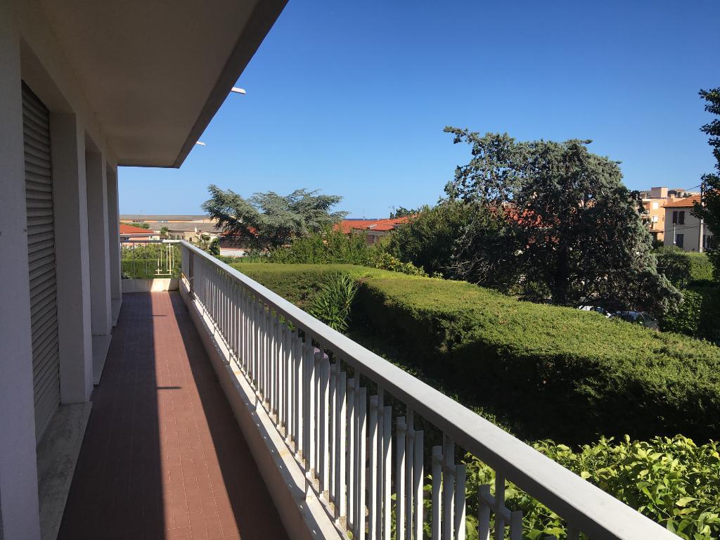 Appartement Antibes 4 pièces 81,37m² parking cave proche centre