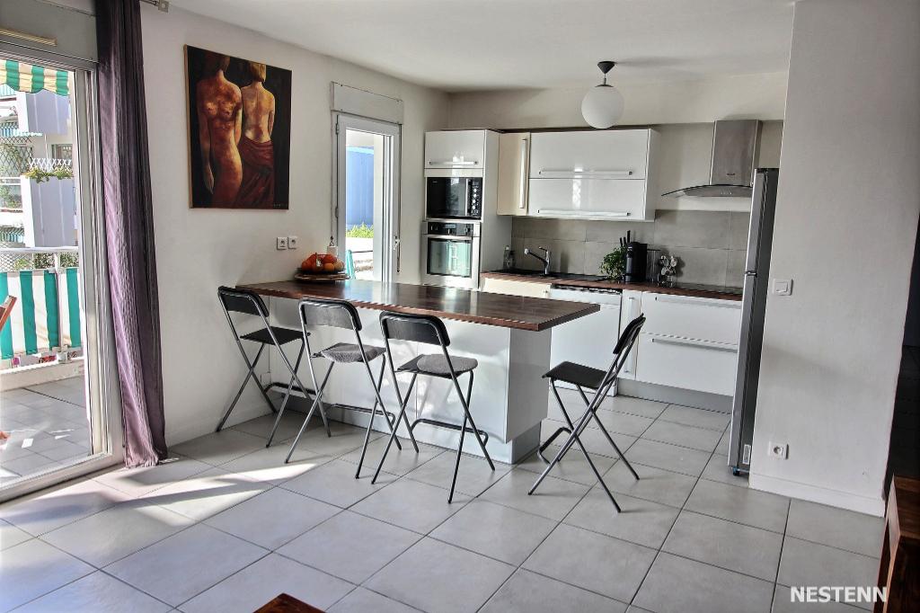 Appartement Antibes 3 pièce(s) + terrasse  + cave + parking privatif