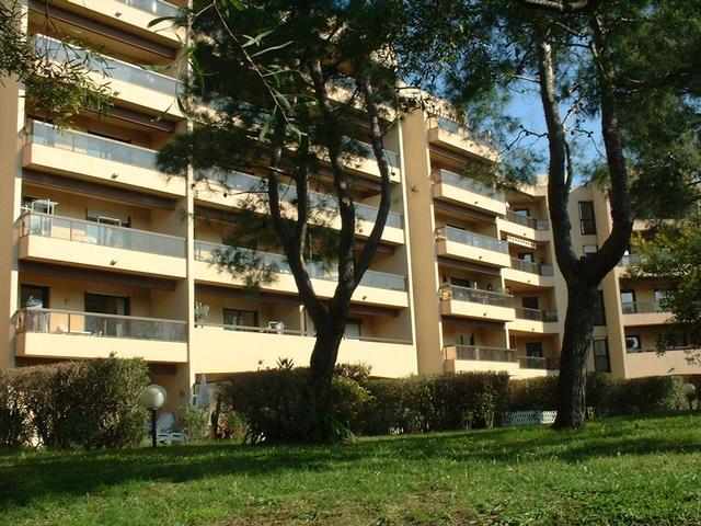 Le Golfe Juan  Appartement 3 pièces 63m² + cave + parking   (proche plage et centre )
