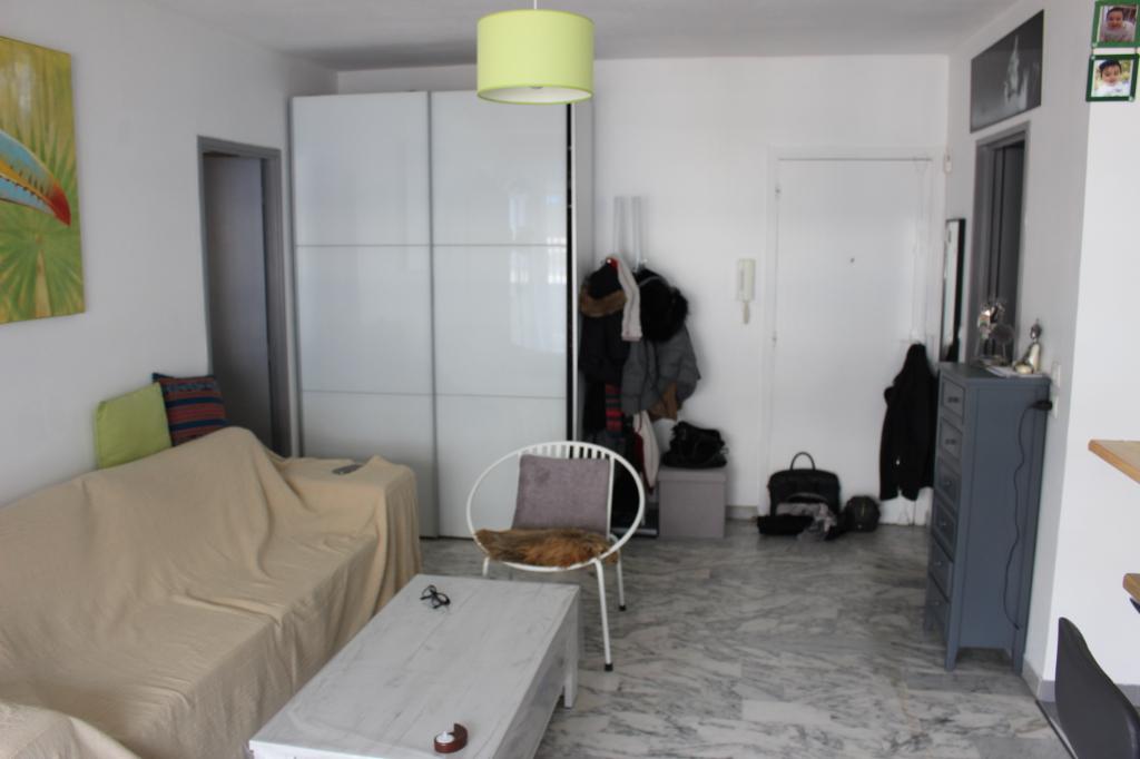 Appartement Antibes 2 pièces 45m² garage cave étage élevé