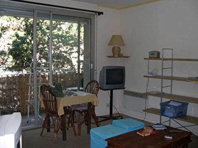 STUDIO LES ANGLES - 1 piece - 35 m2