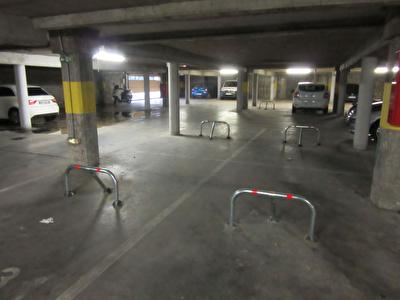 Parking / box Avignon 11 m2