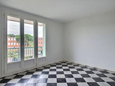 Appartement Avignon T3  avec balcon, cave et garage