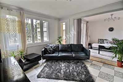 Appartement  3 chambres dans residence securisee