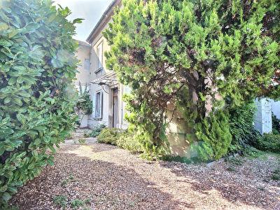 Maison Avignon 6 pieces 4 chambres 1 bureau et jardin
