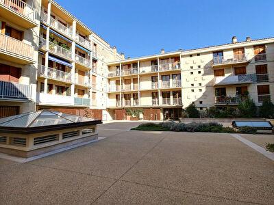 Appartement Avignon T4 intra muros