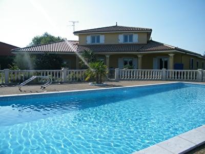 Villa de Standing - Proche 69400 VILLEFRANCHE S/SAONE
