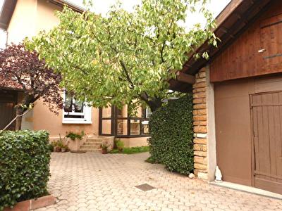 Maison + Appartement de Type 1 - 69400 VILLEFRANCHE